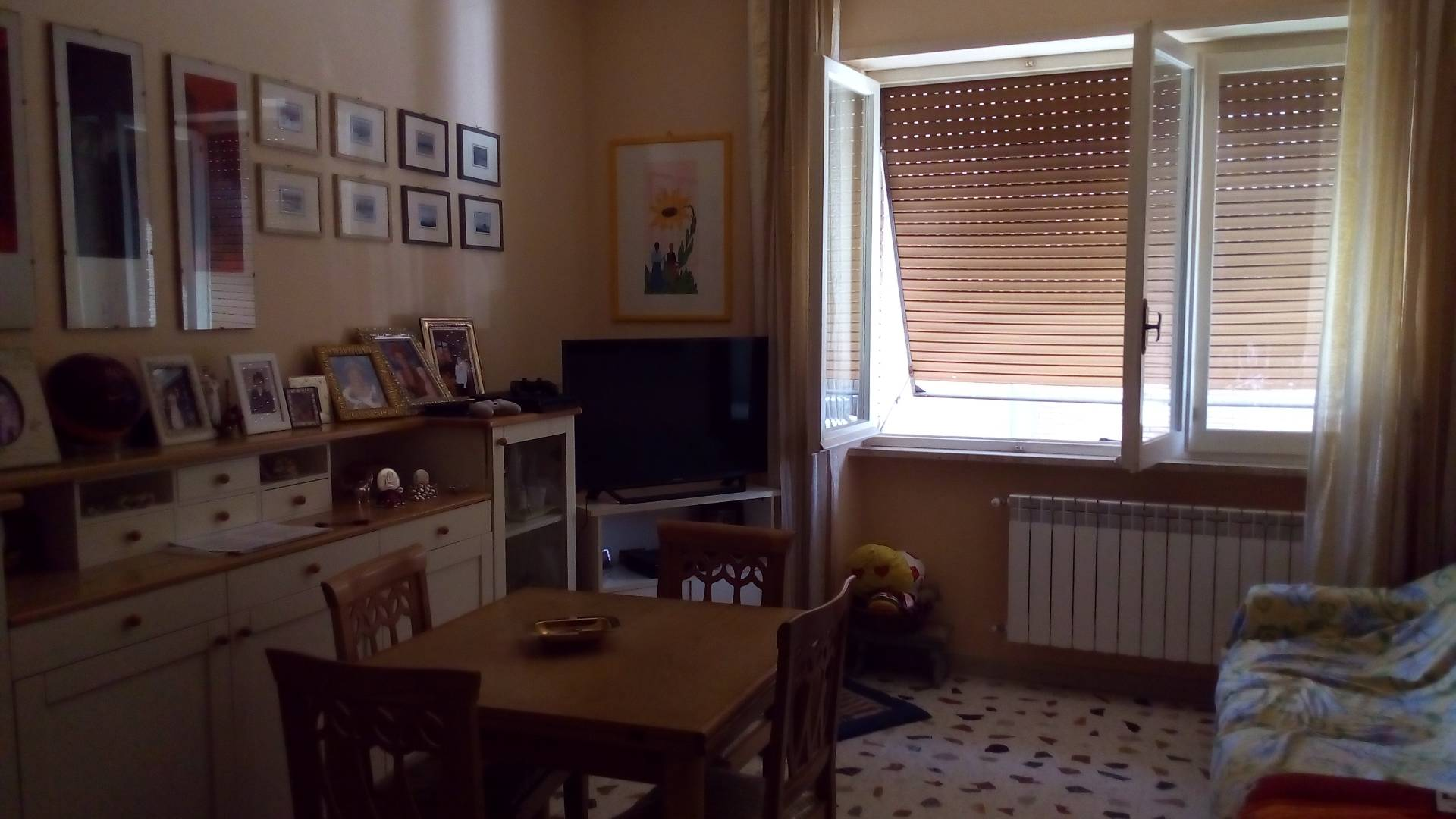 Appartamento in vendita a Ascoli Piceno, 4 locali, zona Località: CampoParignano, prezzo € 125.000 | Cambio Casa.it