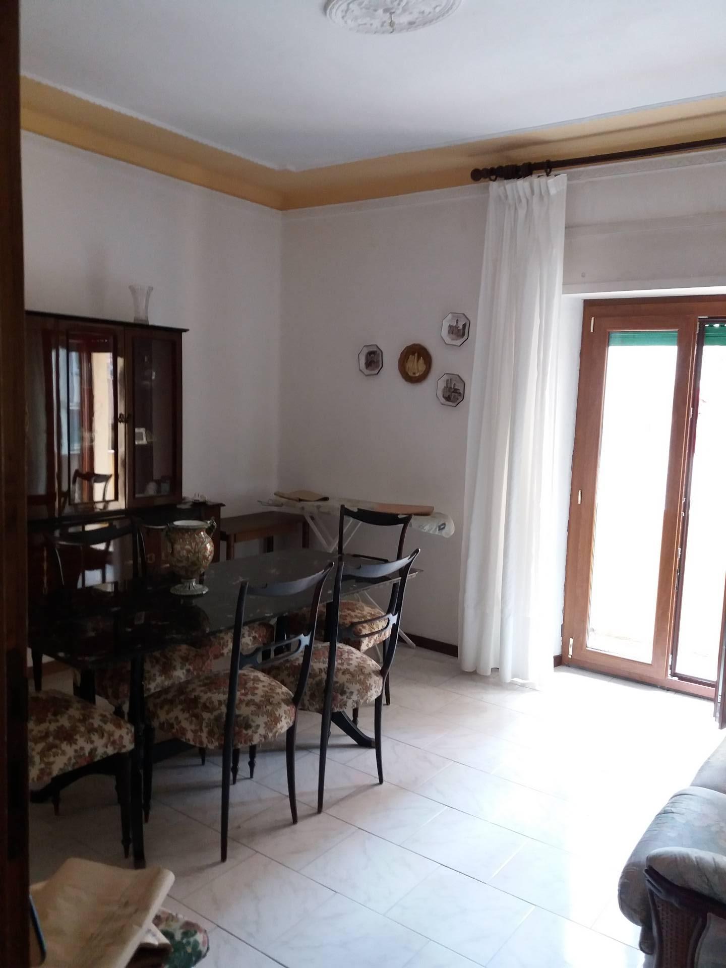Appartamento in vendita a Ascoli Piceno, 4 locali, zona Località: P.taRomana, prezzo € 129.000 | Cambio Casa.it