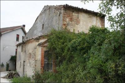 Casa colonica in Vendita a Comunanza