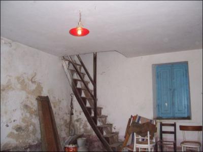 Casa colonica in Vendita a Folignano