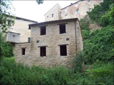 Casa colonica in Vendita a Rotella