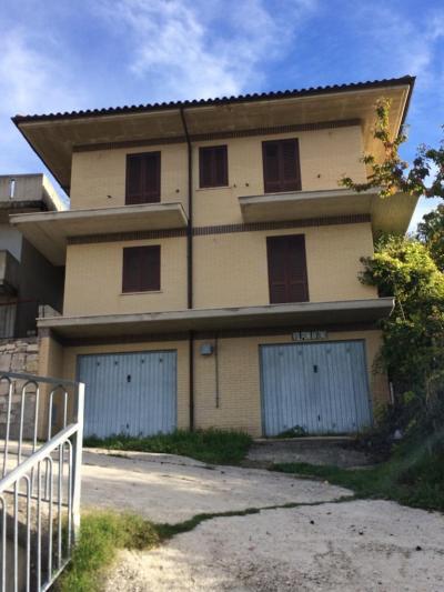 Casa indipendente in Vendita a Valle Castellana