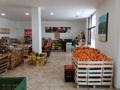 Commerciale in Affitto a Ascoli Piceno