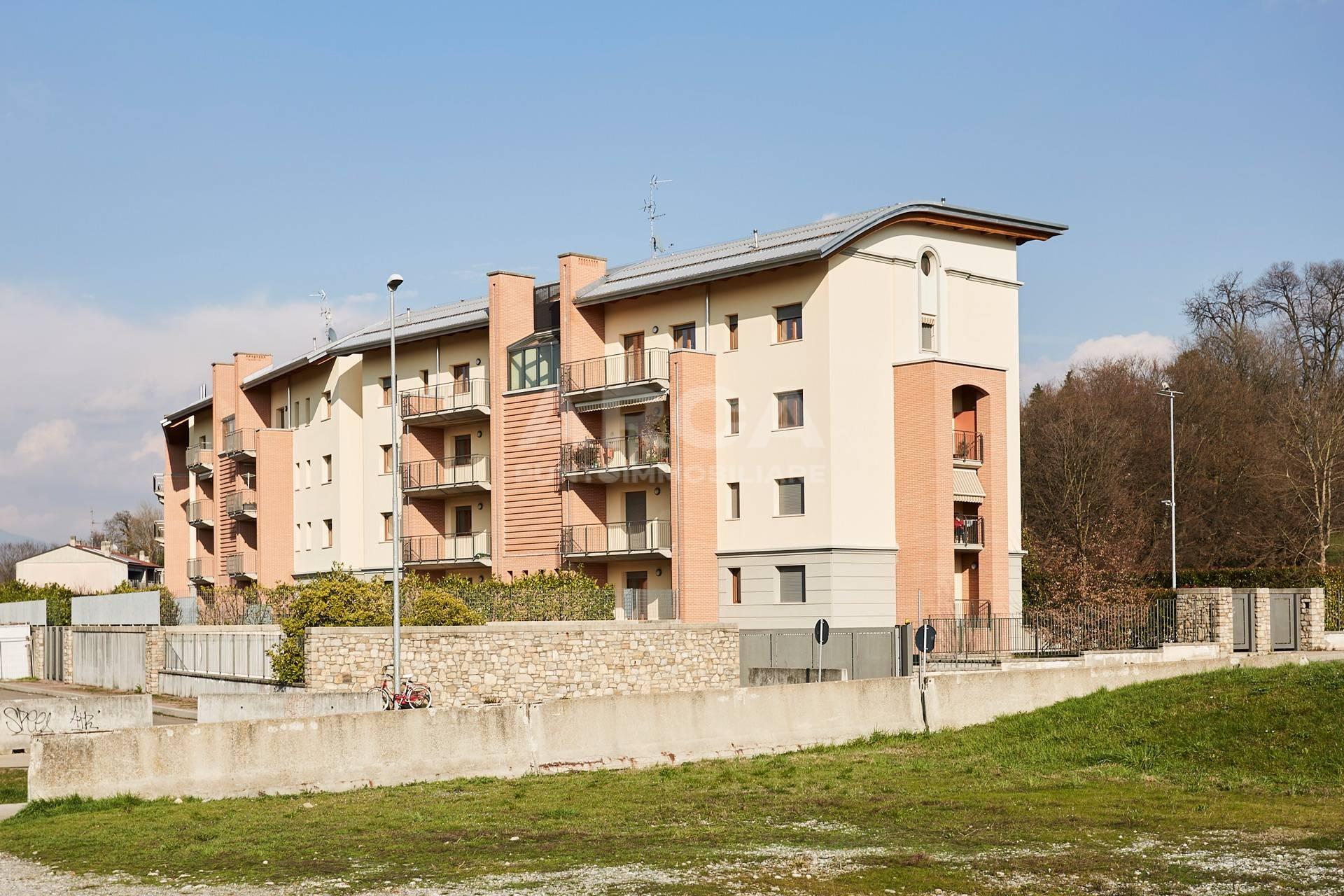 vendita appartamento carnate stazione  201000 euro  3 locali  123 mq