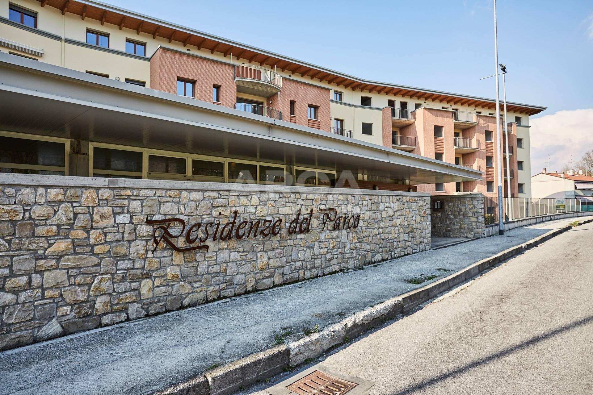 vendita appartamento carnate stazione  223000 euro  3 locali  147 mq