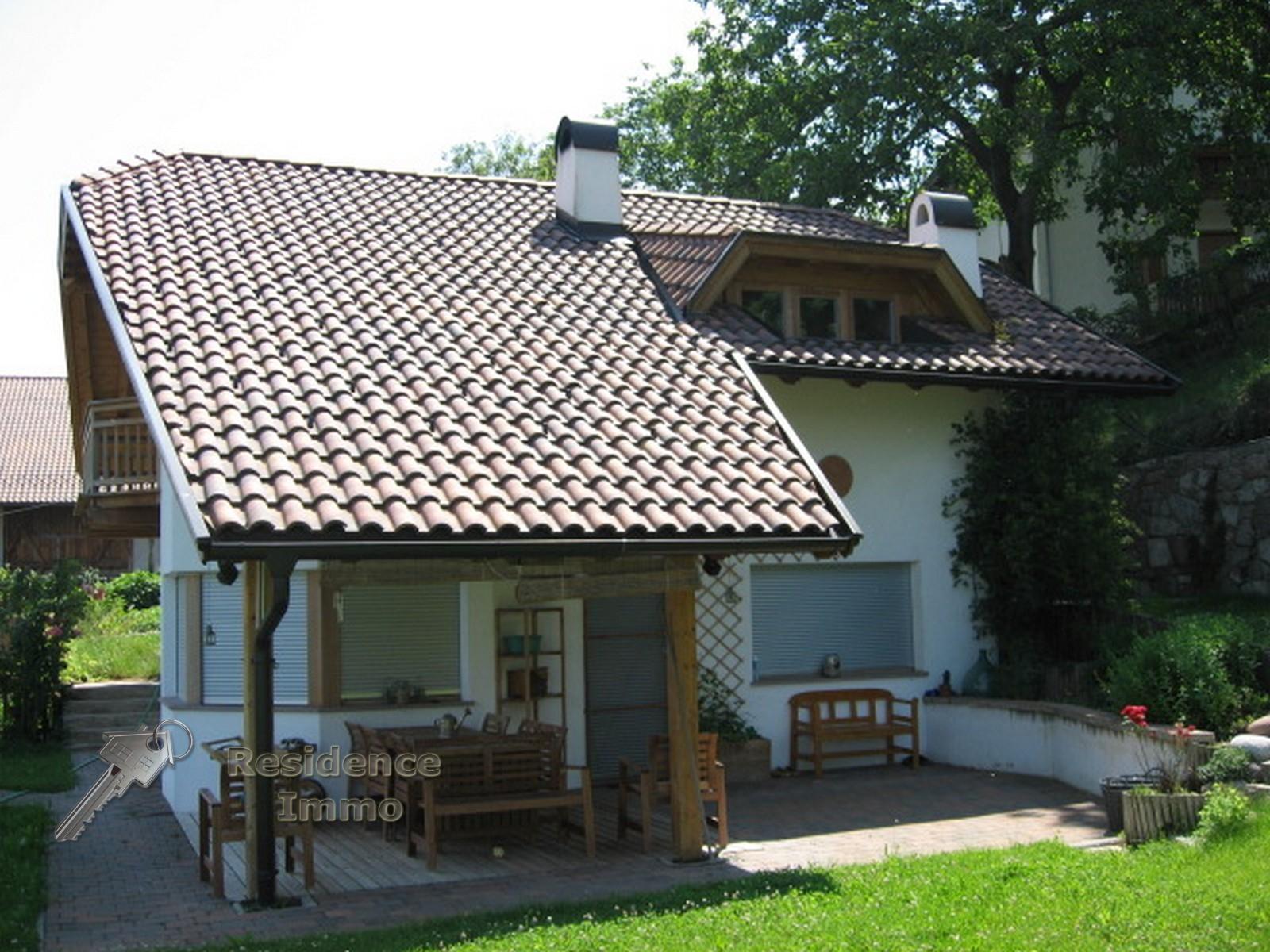 Soluzione Indipendente in vendita a Bolzano, 6 locali, zona Zona: Periferia, Trattative riservate | Cambio Casa.it