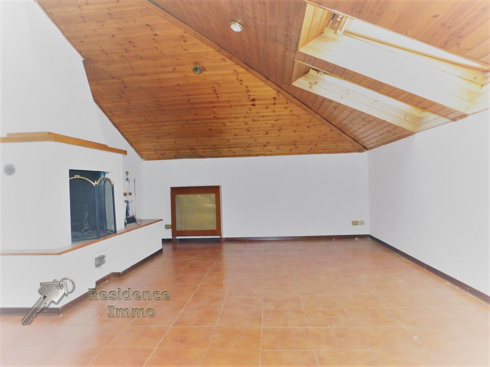 Attico / Mansarda in vendita a Bolzano, 5 locali, zona Zona: Residenziale, prezzo € 375.000 | Cambio Casa.it