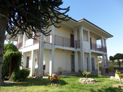 Casa indipendente in Vendita a Villata