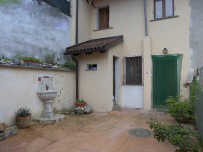 Casa semindipendente in Vendita a Tricerro