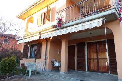 Villa in Vendita a Stroppiana