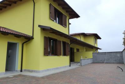 Villa in Vendita a Quinto Vercellese