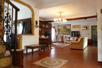 Casa indipendente in Vendita a Stroppiana