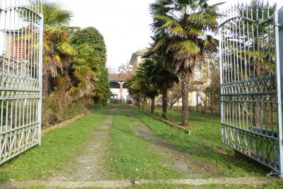 Villa in Vendita a Pertengo