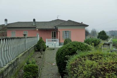 Villa in Vendita a San Germano Vercellese
