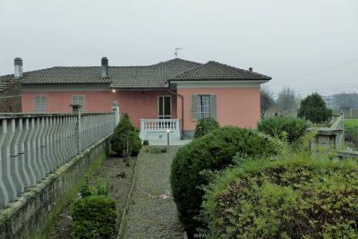 Villa in Vendita a San Germano Vercellese