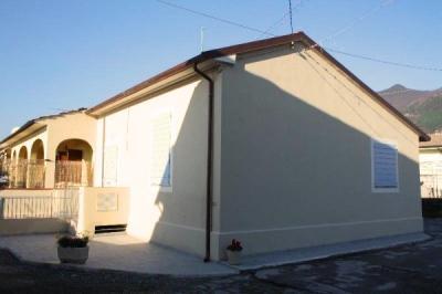 Casa in Bifamiliare in Vendita