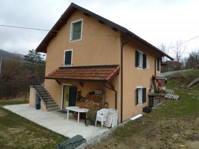 Villa in Vendita a Tiglieto
