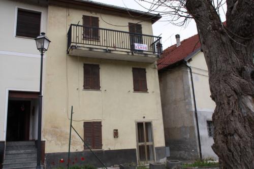Casa singola in Vendita a Osiglia