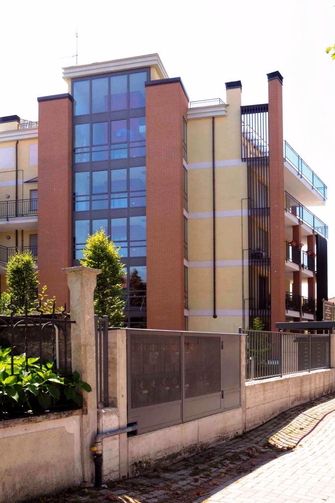 Bilocale Abbiategrasso Viale Mazzini 2
