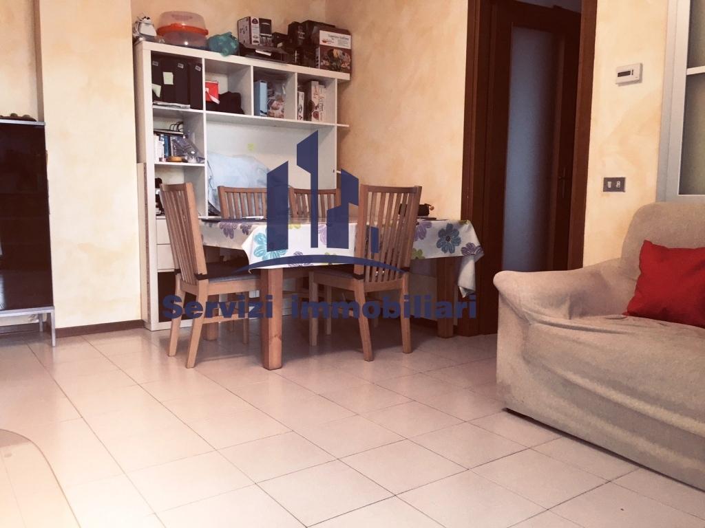 Appartamento in vendita a Assago, 3 locali, prezzo € 208.000 | CambioCasa.it