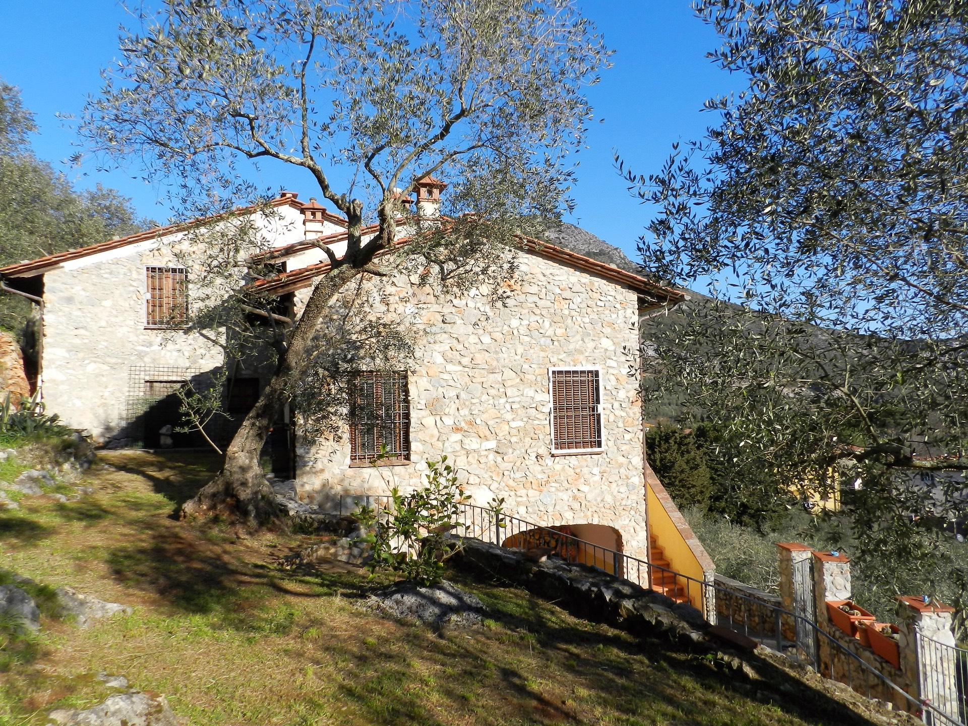 Villa in vendita a Lucca, 5 locali, zona Località: S.aMariadelGiudice, prezzo € 360.000 | Cambio Casa.it