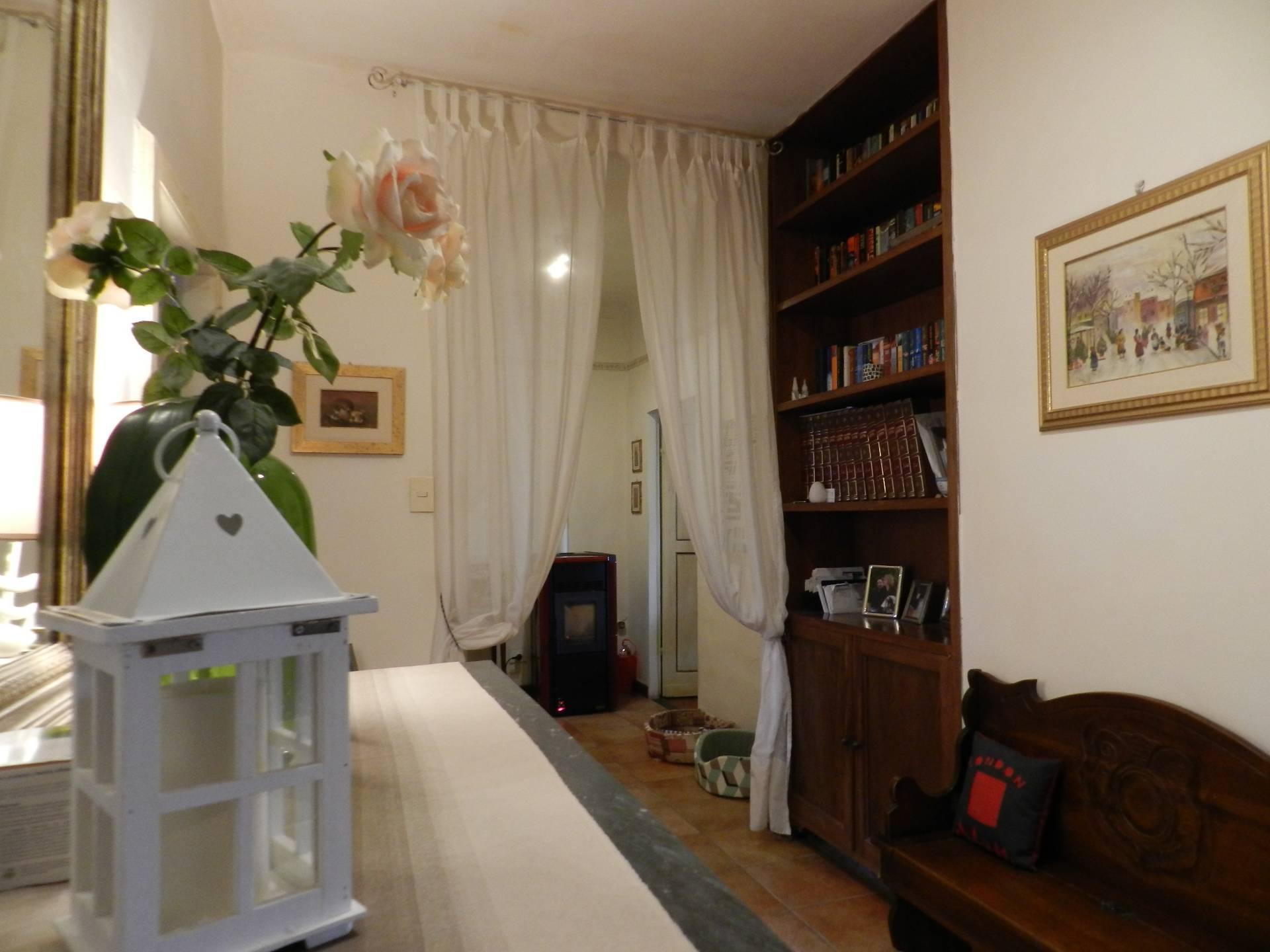 vendita appartamento lucca centro storico  245000 euro  4 locali  120 mq