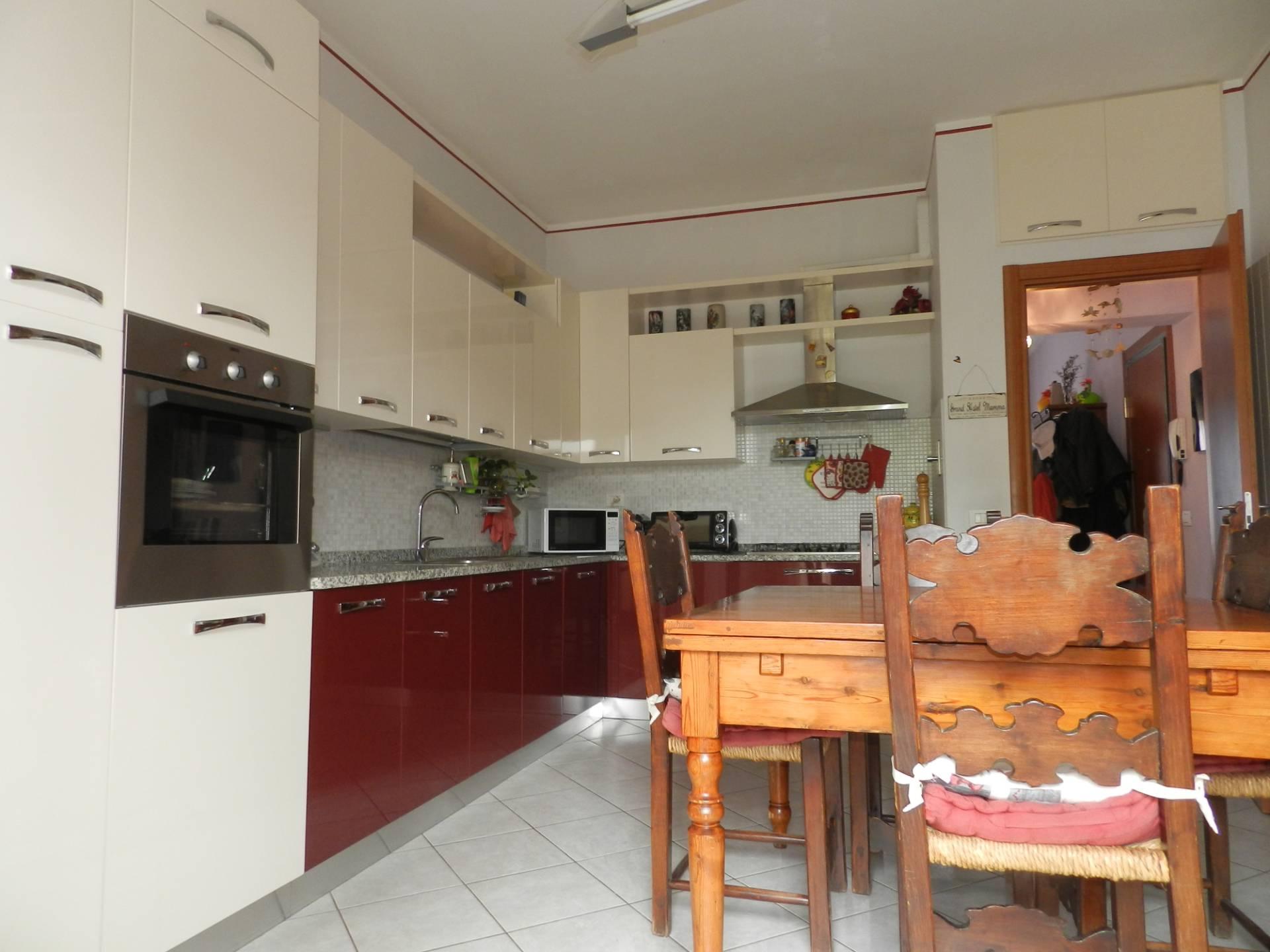 Appartamento in vendita a Capannori, 4 locali, zona Località: S.aMargherita, prezzo € 130.000 | PortaleAgenzieImmobiliari.it