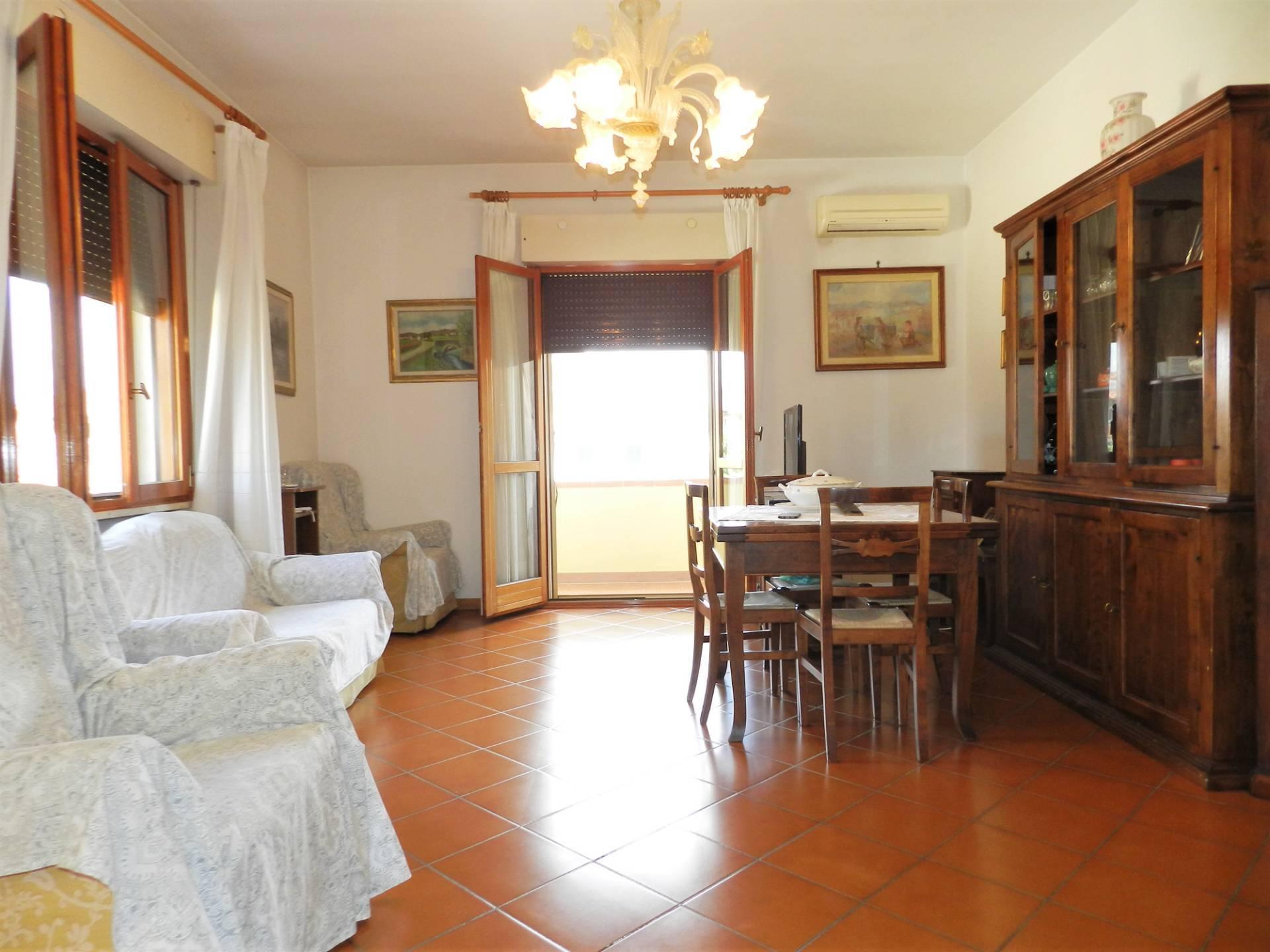 Appartamento in vendita a Capannori, 3 locali, zona Località: Verciano, prezzo € 115.000 | PortaleAgenzieImmobiliari.it