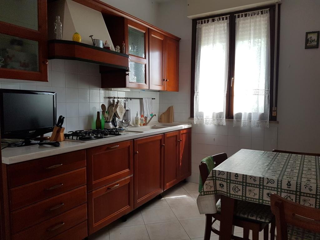vendita appartamento ferrara francolino  170000 euro  5 locali  142 mq