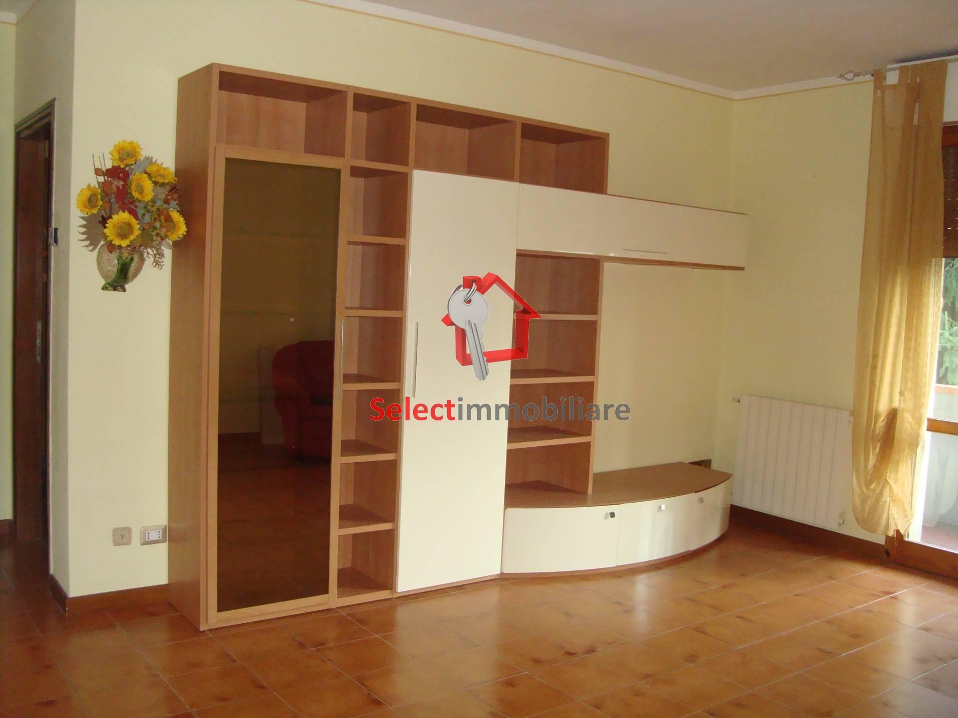 Appartamento in vendita a Borgo a Mozzano, 4 locali, zona Zona: Valdottavo, prezzo € 89.000 | Cambio Casa.it