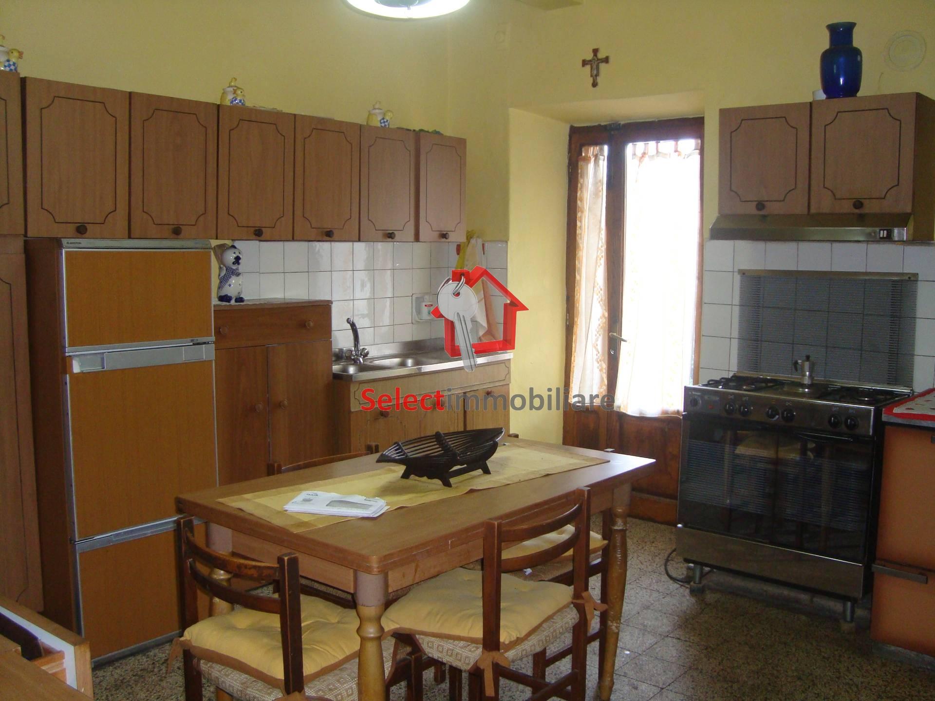 Soluzione Semindipendente in Affitto a Borgo a Mozzano