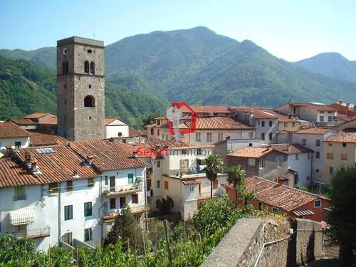 Appartamento in affitto a Borgo a Mozzano, 3 locali, zona Località: capoluogo, prezzo € 430 | Cambio Casa.it