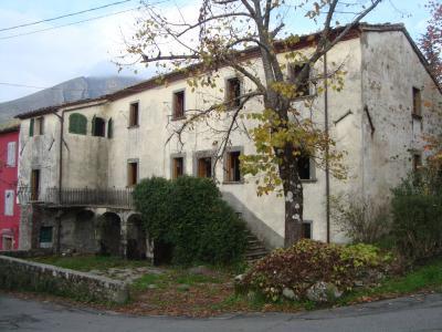 Vendita Bagni di Lucca (Lucca) - Annunci immobiliari