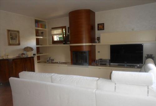 Soluzione Indipendente in vendita a Conegliano, 5 locali, zona Zona: Scomigo, prezzo € 280.000 | Cambio Casa.it
