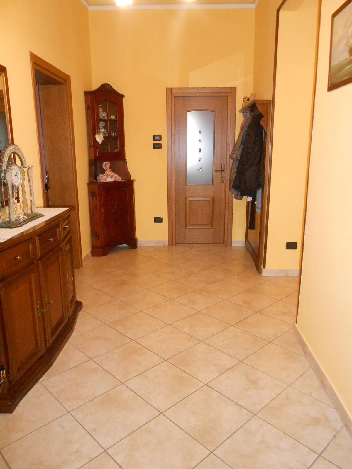 Soluzione Indipendente in vendita a Conegliano, 5 locali, prezzo € 260.000 | Cambio Casa.it