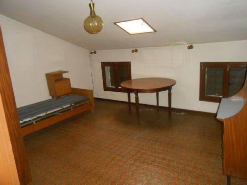 Palazzo / Stabile in Vendita a Conegliano