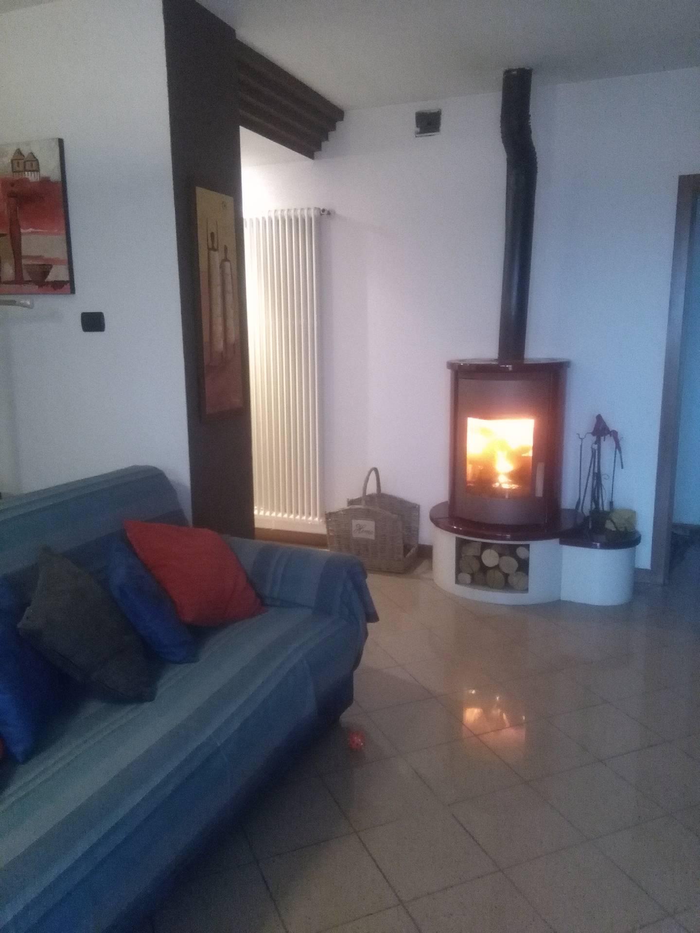 Appartamento in vendita a Santa Lucia di Piave, 7 locali, zona Località: BoccadiStrada, prezzo € 235.000 | Cambio Casa.it