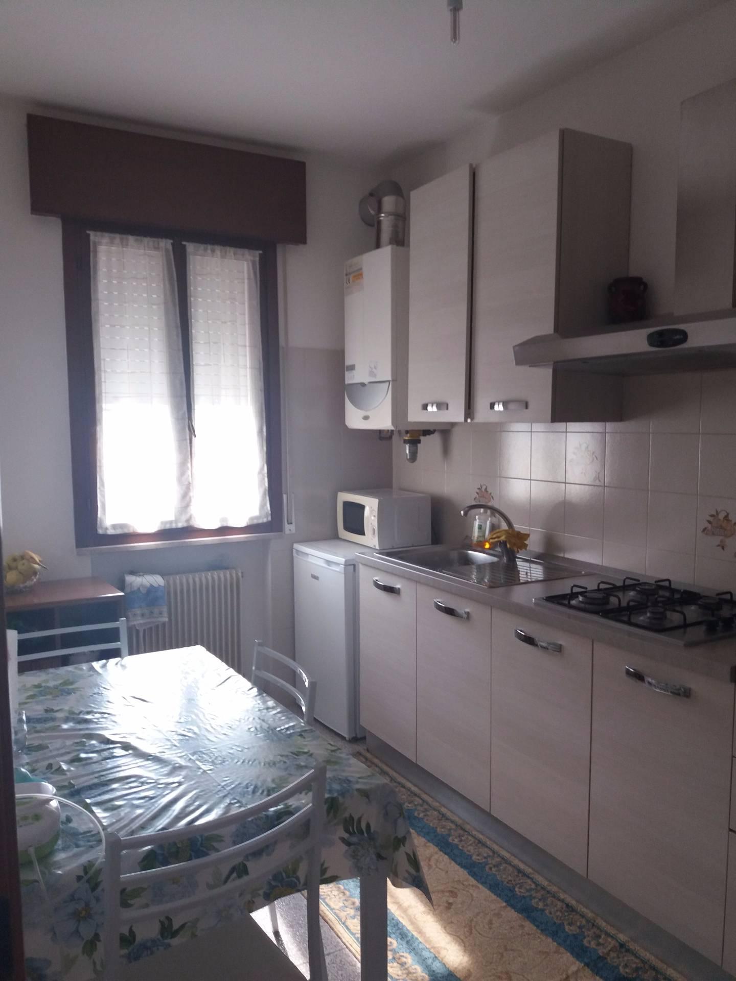 Appartamento in affitto a Santa Lucia di Piave, 5 locali, zona Località: S.aLucia, prezzo € 450 | Cambio Casa.it