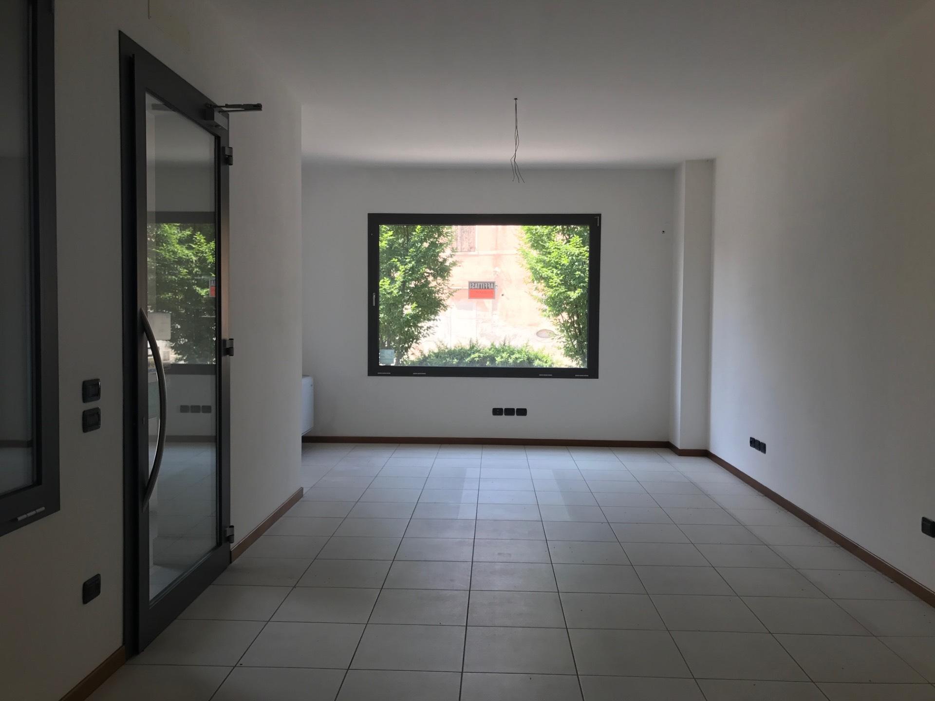 Negozio / Locale in affitto a Ponzano Veneto, 9999 locali, zona Zona: Ponzano, prezzo € 460 | Cambio Casa.it