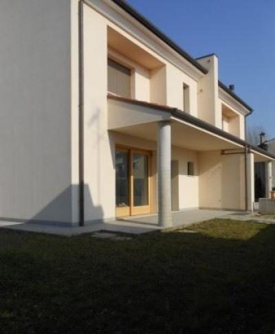 Villa quadrifamiliare in Vendita a Conegliano