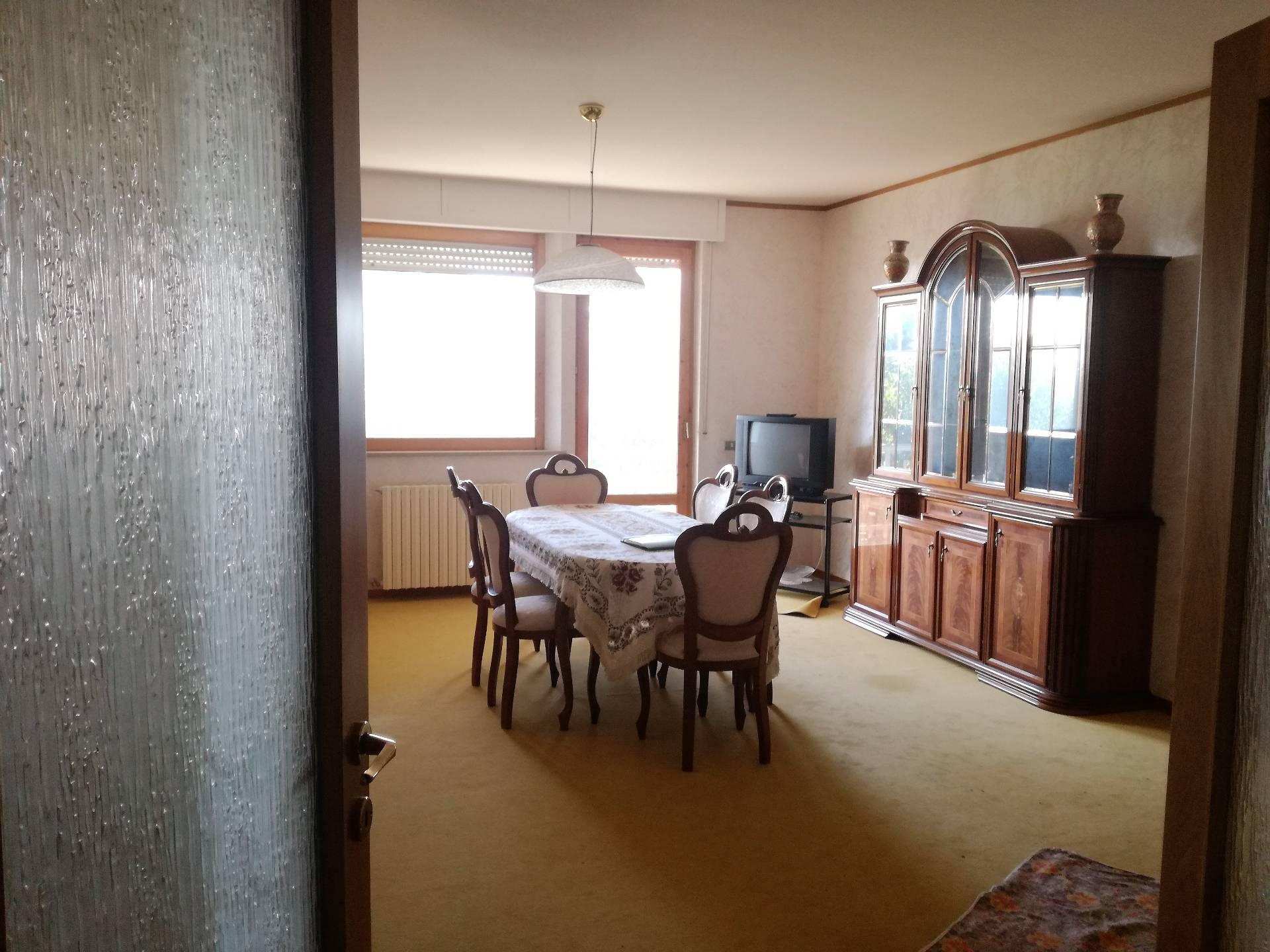 Appartamento in vendita a Carassai (AP)