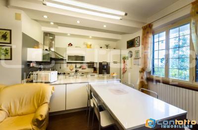 House for Sale to Cupra Marittima