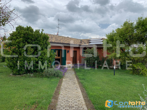 House for Sale to Roseto degli Abruzzi