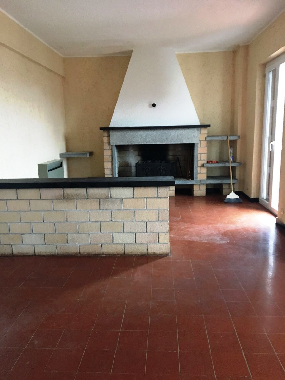 Appartamento in vendita a Magliolo, 4 locali, zona Località: ENTROTERRA, prezzo € 145.000 | CambioCasa.it