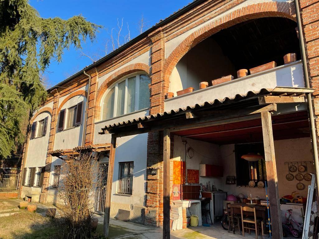CASA INDIPENDENTE in Vendita a Valle San Bartolomeo, Alessandria (ALESSANDRIA)
