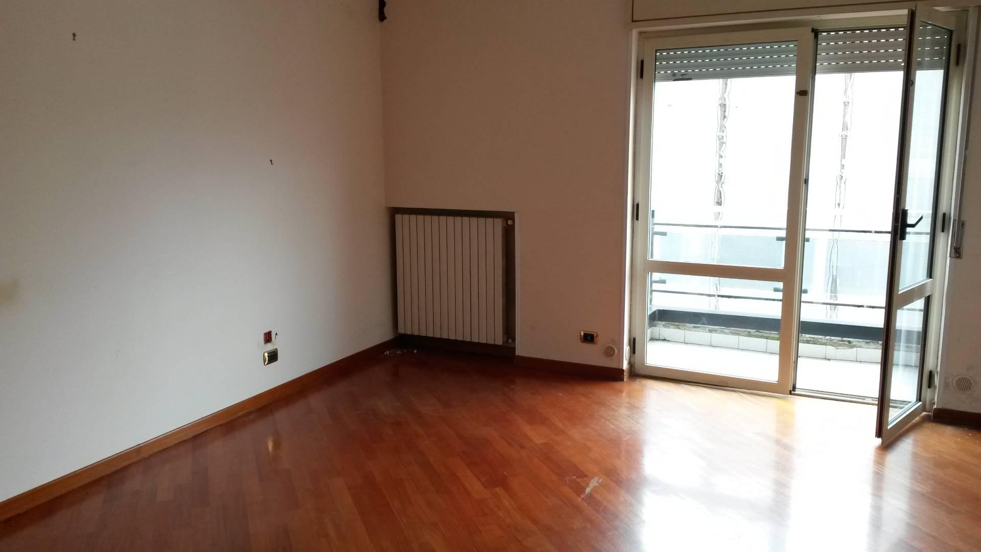 Appartamento in affitto a Ottaviano, 4 locali, prezzo € 500 | CambioCasa.it