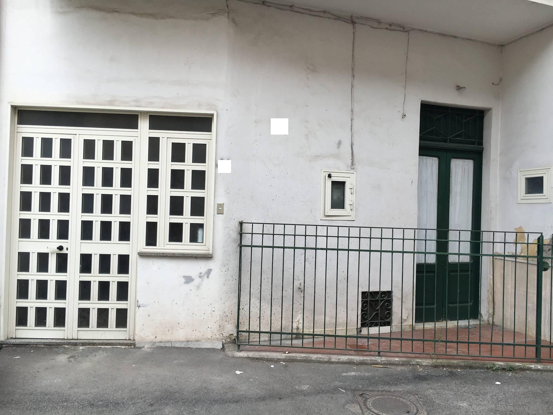 Soluzione Indipendente in vendita a San Giuseppe Vesuviano, 4 locali, prezzo € 63.000 | CambioCasa.it