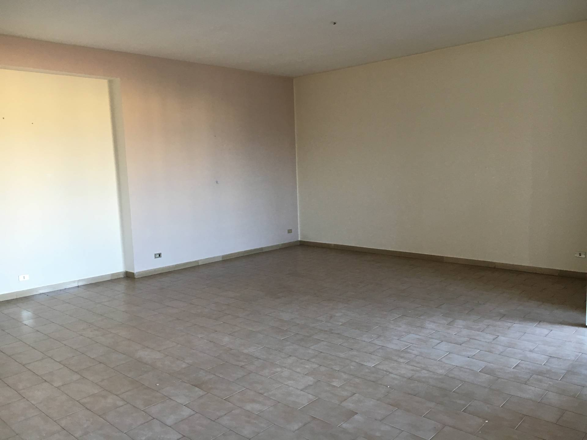Appartamento in affitto a San Giuseppe Vesuviano, 4 locali, prezzo € 450 | Cambio Casa.it