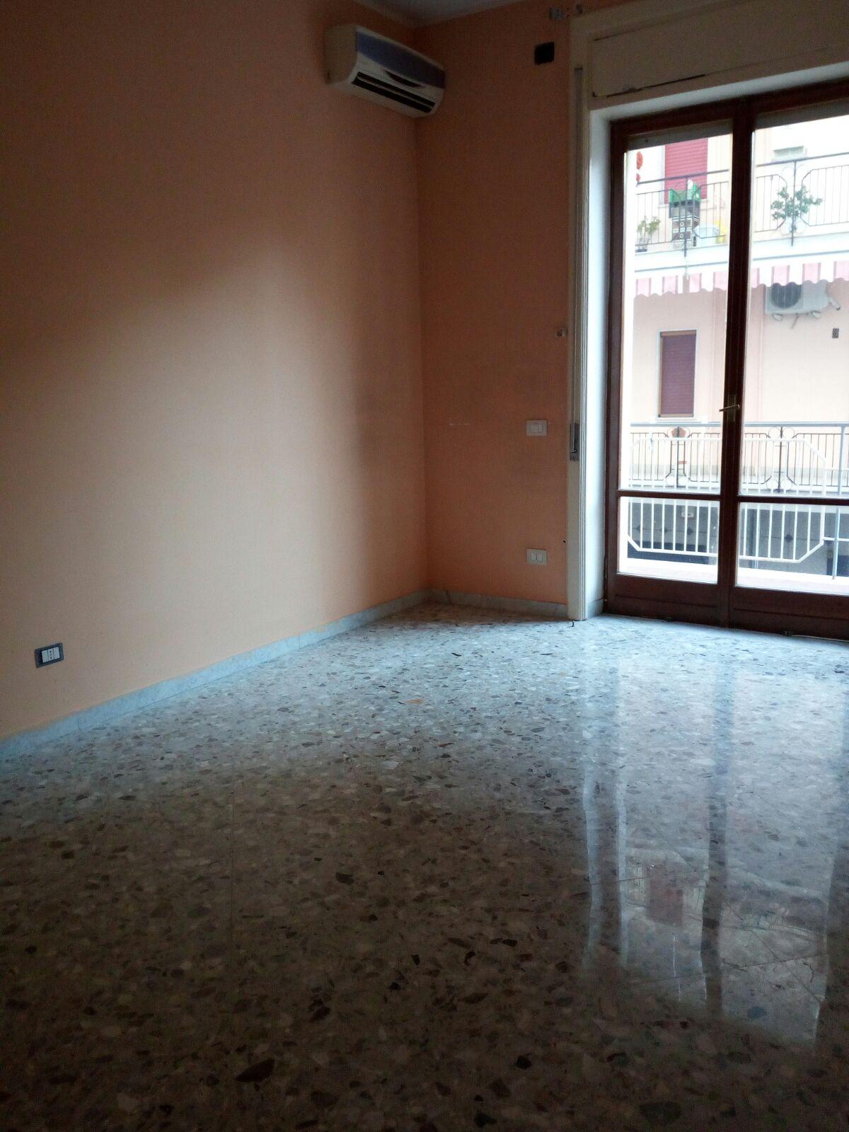 Appartamento in affitto a San Giuseppe Vesuviano, 4 locali, prezzo € 400 | Cambio Casa.it