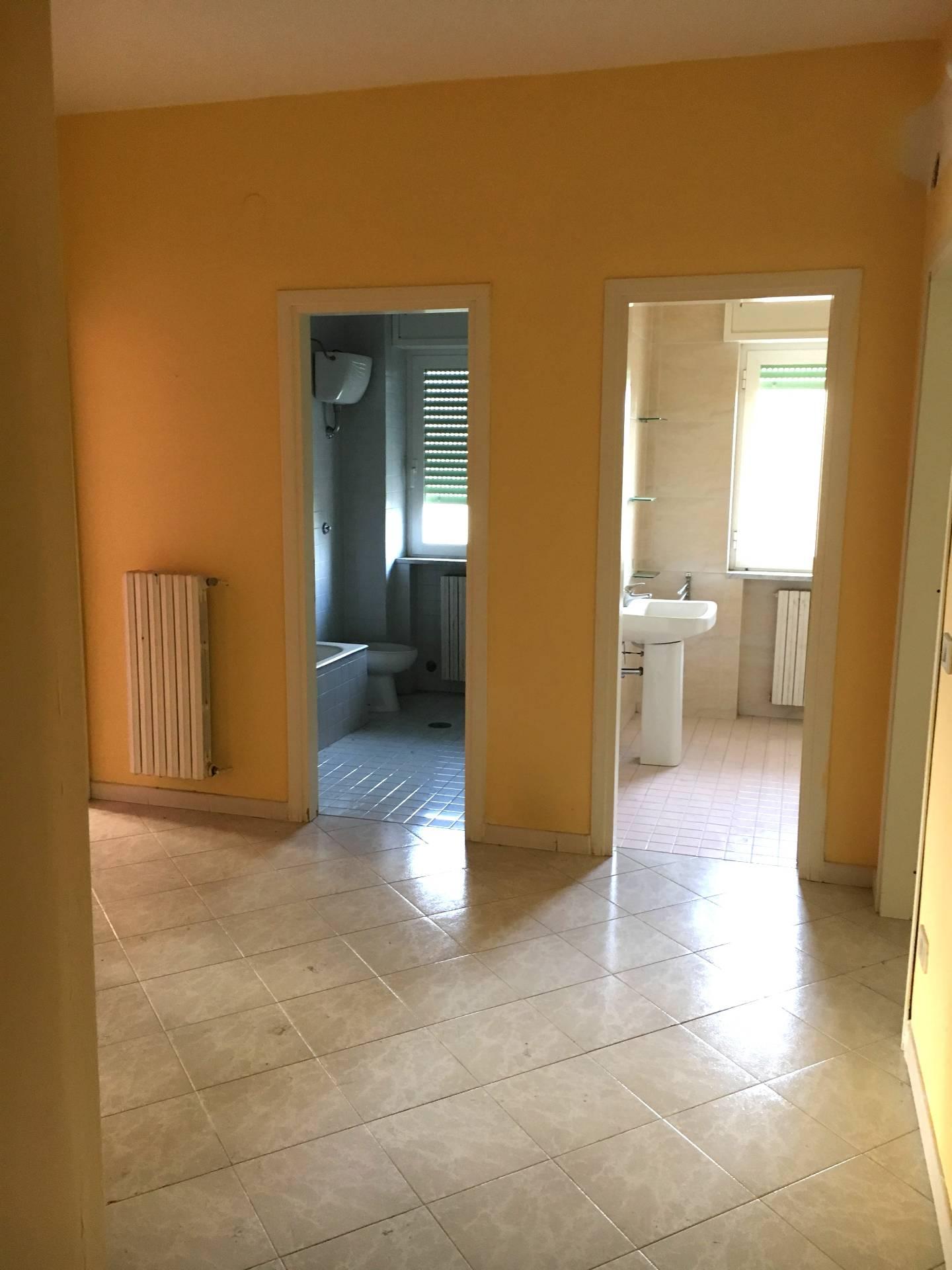 Appartamento in affitto a San Giuseppe Vesuviano, 4 locali, prezzo € 450 | CambioCasa.it